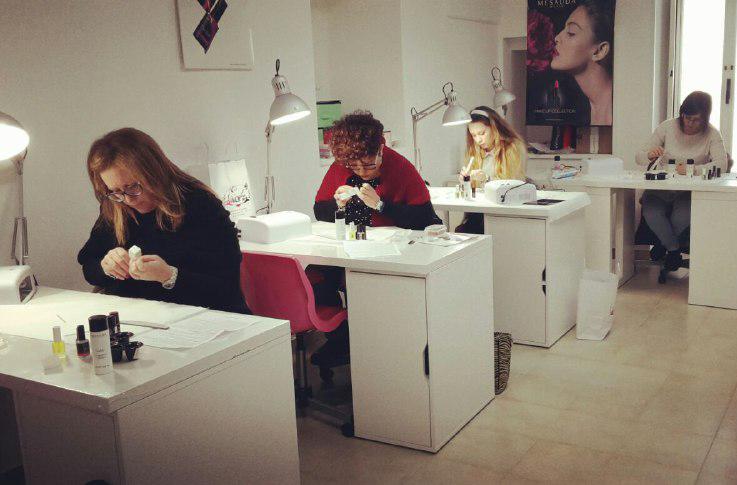 centro formazione completamento estetico EVELIN NAILS ART